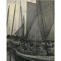 1925 Press Photo The Melon Dock at the Municipal Wharf Receives Watermelon Load