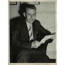 1937 Press Photo Finlay Petrie Opal Wyo wins as best rural correspondent