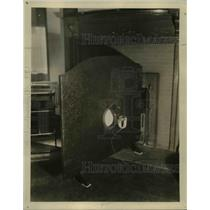1929 Press Photo Baffle board & magnet speakers of ZCelotex