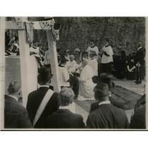 1920 Press Photo Cardinal Gibbons Bless Immaculate Conception Shrine Washington
