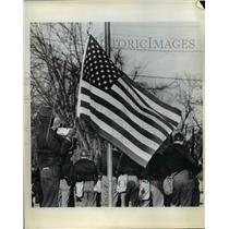 1970 Press Photo United States Flag is Raised at Lamar School