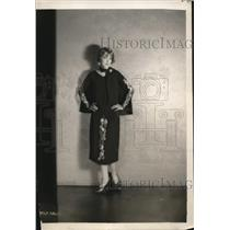 1925 Press Photo Claire Windsor from MGM Studios in fashion outfit