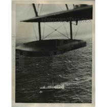 1939 Press Photo RAF plane somewhere in the North Atlantic - nee14423