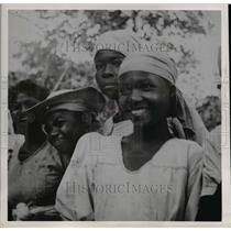 1949 Press Photo of Haitian children. - nee12200