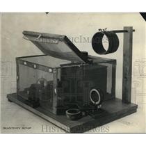 1926 Press Photo Bureau of Standards seectivity set up equipment - nee17381