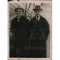 1922 Press Photo Hon. Lord Clwyd, Welsh Nobleman, & his son Hon. J.T. Roberts