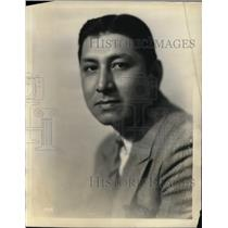 1930 Press Photo Jose Santiago Baritone a broadcaster of Roxy's Gang Program.