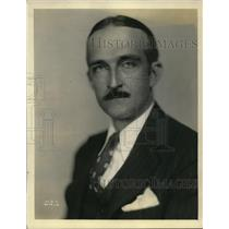 1930 Press Photo Vernon Radcliffe actor on NBC radio