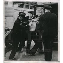 1928 Press Photo Students being arrested by police officers at a strike