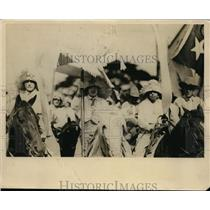 1924 Photo girls marching as soldiers freedom Gen. Menocal parade