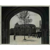 1934 Press Photo The Old Globe Theater in English Village at the World Fair
