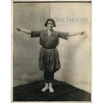 1920 Press Photo Physically perfect fit girl, member of the United Club