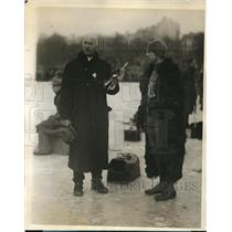 1927 Press Photo NY David Stayvack skater & Eddie Searle at Silver Skates race