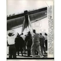 1958 Press Photo Charlotte, NC canvas chute from airplane