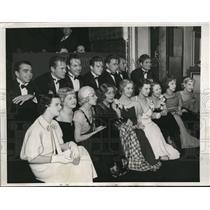"1933 Press Photo ""Puppet Club"" Anita Louise VP of club to London"