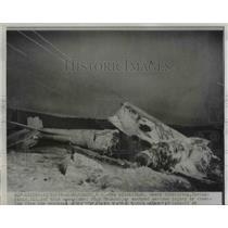 1955 Press Photo Demolished F84F Thunderjet Pilot Henry Schnirring Survived