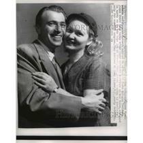 1956 Press Photo Janos Momoschein and Pireska Horvatch, State Refugee, Conn.