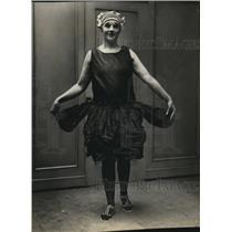 1923 Press Photo Lyla Sheffield, Swimmer