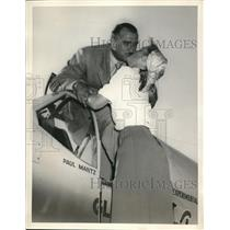 1948 Press Photo Cleveland Ohio Paul Mantz aviator & daughter Tanita - nes26820