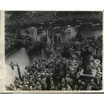 1928 Press Photo German Irish trans Atlantic fliers at Boston Mass State house