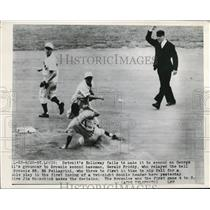 1949 Press Photo St Louis Mo Detroits Holloway out vs G Priddy - nes26700