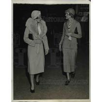 1931 Press Photo of Miss Jean Regan and Mrs. W.T.P. Hazard. - nee36620