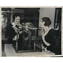 1931 Press Photo Miss Meta Armbruster, Assistant Librarian of History Museum