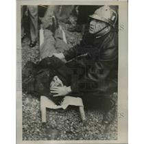 1937 Press Photo Blood Streams from Pembroke Stephens's Head - nee39426