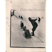 1922 Press Photo Art Edgington & his dog sled team