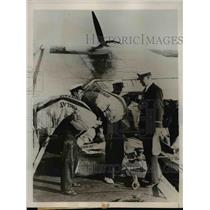 "1937 Press Photo British Postal Employees Load Mail Onto ""Centurion"" Flying Boat"
