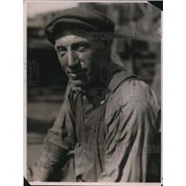1926 Press Photo Tom Horn, Champion Moore Shipyards Riveter, California