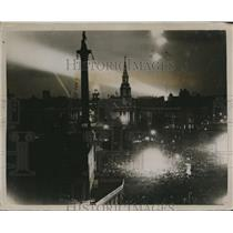 1919 Press Photo Trafalgar Square on a peaceful Saturday night