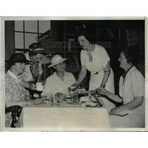 1937 Press Photo Senators and Congressmen's Wives At Jefferson Islands Club