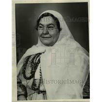 1934 Press Photo The Persian Girl Scout, Mrs. Sarges