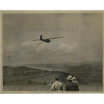 1932 Press Photo John O'Meara, Baker McMillen in plane Cadet II