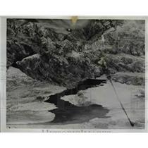 1935 Press Photo Bounder Richfield Oil Company Plane Piloted Ralph Hall