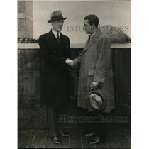 1925 Press Photo Richard Barthlemess congratulates James Walker on election