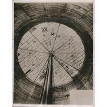 1937 Press Photo Piston Has Stroke 190 Foot & 2,500,000 Cubic Foot Gas Holder