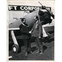 1940 Press Photo Van Nuys Calif Walter Hite Timm engineer & pilot Vance Breese