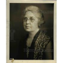 1937 Press Photo of Mrs Jas Burnett.