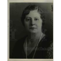 1935 Press Photo of Mrs A.H. Bruening.