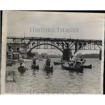 1921 Press Photo Hobby Horse Mounted in Canoe in Circus Regatta on Potomoc