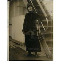 1915 Press Photo Virginia Lynch of NY Post sails on Frederick III Peace delegate