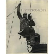 "1927 Press Photo Jo ""Hi"" Powers, Chicago Steeple Jack."
