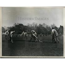 1936 Press Photo Field hockey Anne Townsend of US vs England in Philadelphia