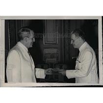 1948 Press Photo Greek Minister Cuba Wassilis Dendramis, Ramon Crau San Martin