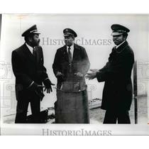 1975 Press Photo William C. Downing, Chris Arnett & Levell C. Woodruff