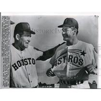 1965 Press Photo Bob Turley & Manager Luman Harris As Houston At Training Camp
