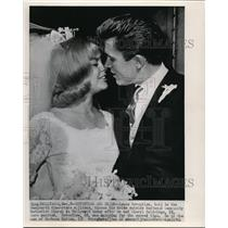 1964 Press Photo Lance Reventlow and Cheryl Holdridge during their wedding