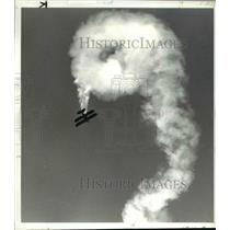 1982 Press Photo Jim Franklin in his stunt plane at the Cleveland Air Show